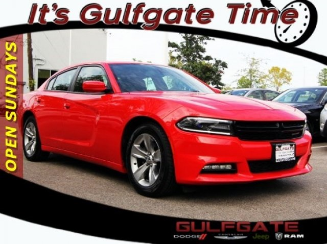 Certified Pre Owned 2017 Dodge Charger Sxt 4d Sedan In Houston