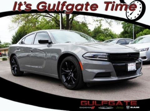 Certified Pre-Owned 2017 Dodge Charger SE