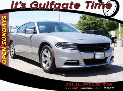Certified Pre-Owned 2018 Dodge Charger SXT